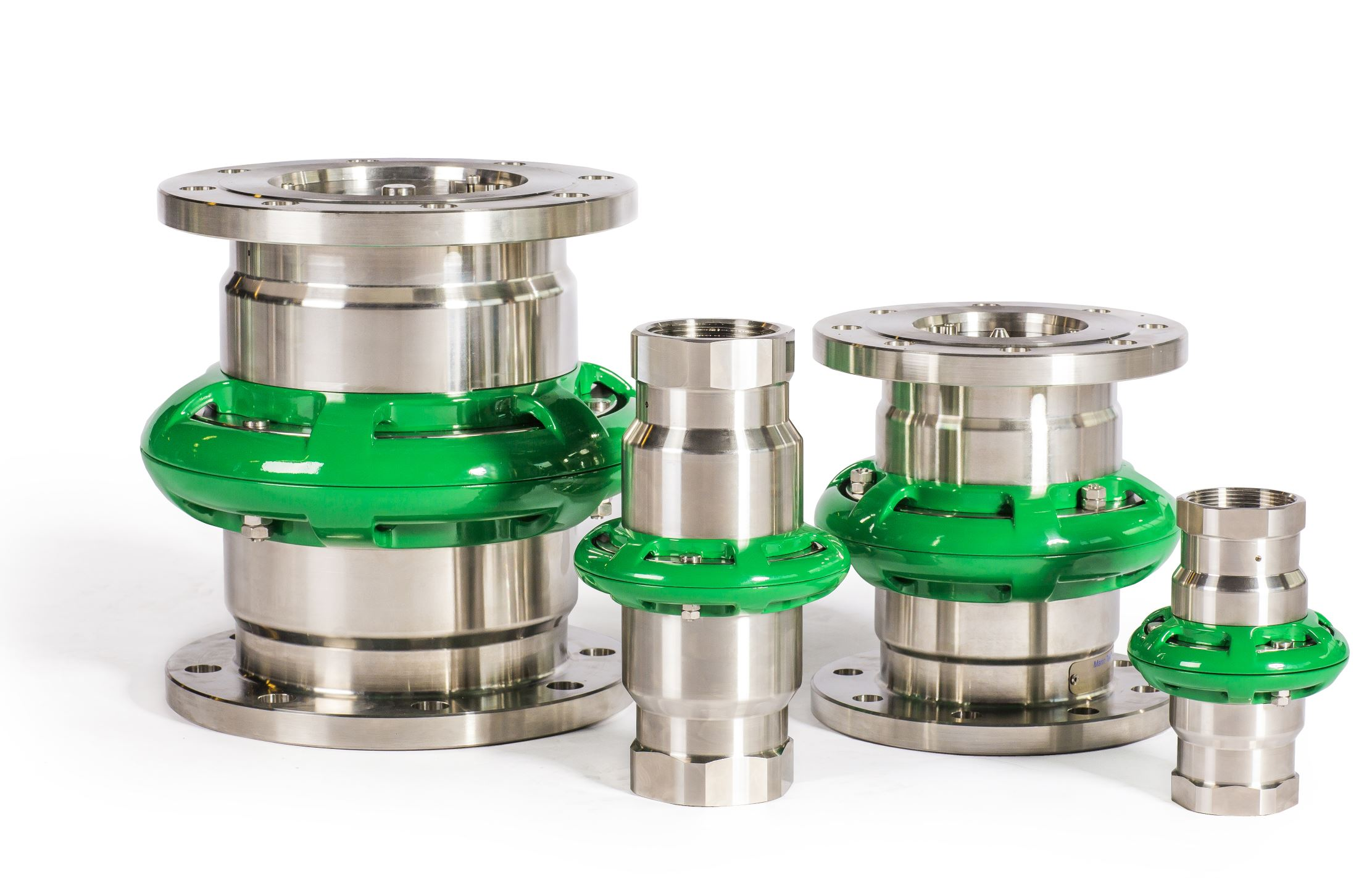 cryogenic breakaway couplings